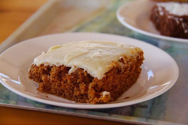 marchewkowe fit ciasto - krem